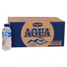 Air Mineral Aqua 330 ml Per dus
